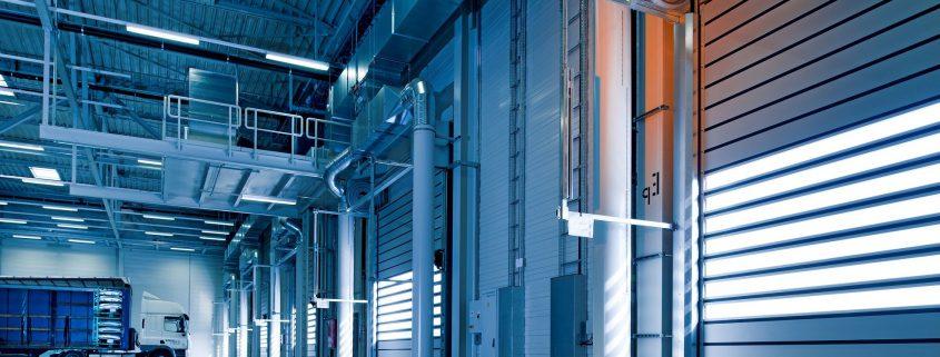 Inneres eines Logistikzentrums